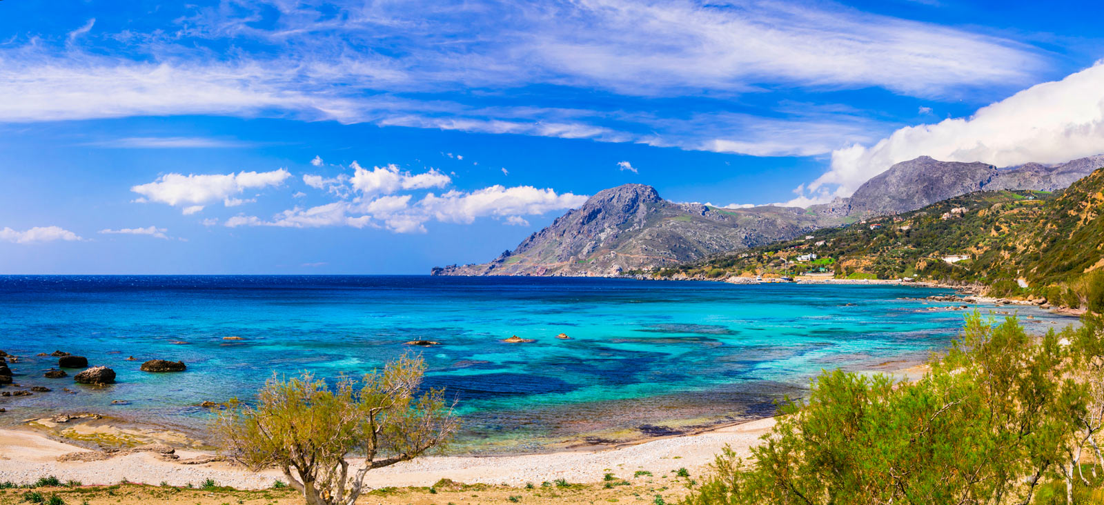 PLAKIAS AND THE SURROUNDING COASTS